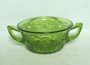 "Indiana Glass Green Daisy 4 1/2"" Cream Soup Bowl - Product Image"