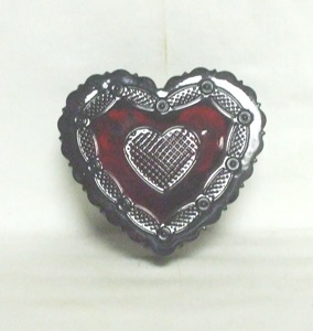 Avon 1876 Cape Cod Heart Trinket Box - Product Image