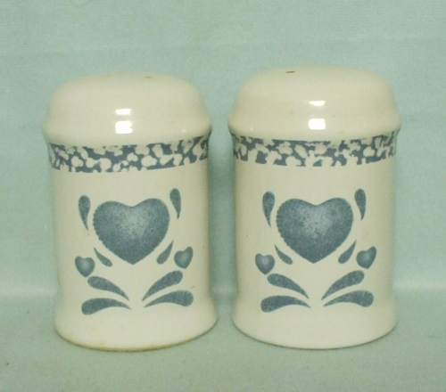 Corelle Blue Hearts Coordinates Salt & Pepper - Product Image