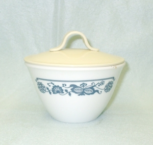 Corelle Old Town Blue Sugar & Lid - Product Image