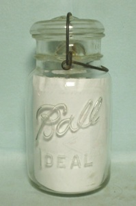 Ball Ideal Clear Glass 1 Qt Jar w Glass Lid & Bail - Product Image