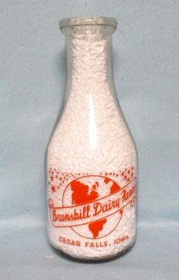 Brunskill Dairy Farm Cedar Falls Ia.1 Quart Round Milk Bottle - Product Image