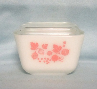Pyrex Pink Gooseberry Pattern Small Referigator Dish - Product Image