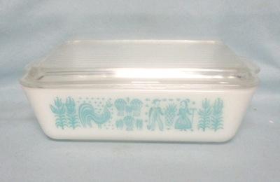 Pyrex Turquoise Amish Pattern Large Refigerator Dish - Product Image