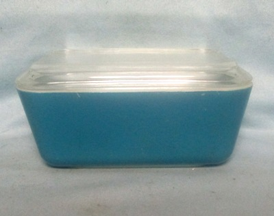 Pyrex Primary Color Blue Med Refigerator Dish. - Product Image