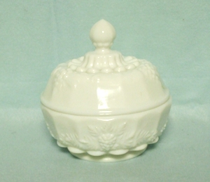 Westmoreland Paneled Grape Milkglass Puff Box or Jelly w Lid - Product Image