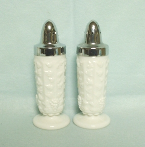 Westmoreland Paneled Grape Milkglass 8 Sided Salt or Pepper - Product Image