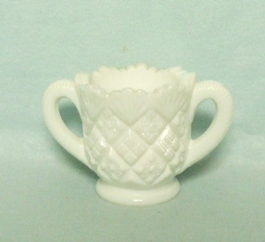 Milkglass Childs Thumbelina Childs Sugar - Product Image