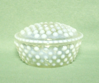 Moonstone Opalescent Hobnail Puff Box & Cover - Product Image