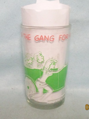 Archies,Archie Takes The Gang For a Ride 1971 Warner Bros. Glass - Product Image