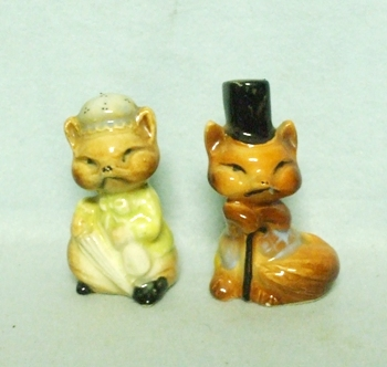 Ceramic Mr & Mrs Fox Salt & Pepper Set - Product Image