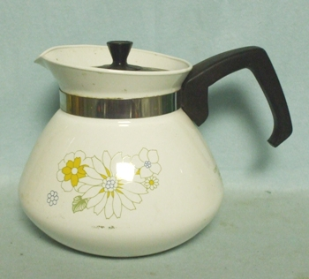 Corning Floral Bouquet 6 Cup Tea Pot w Plastic Lid - Product Image