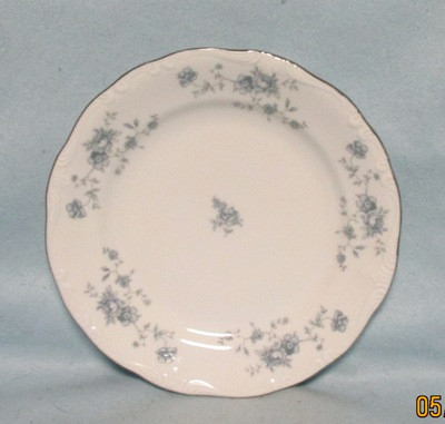 John Haviland Blue Garland Lunch Plate - Product Image