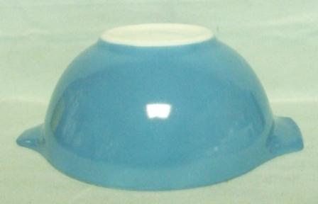 "Pyrex Blue Horizon Cinderella 10 1/2"" Mixing Bowl - Product Image"