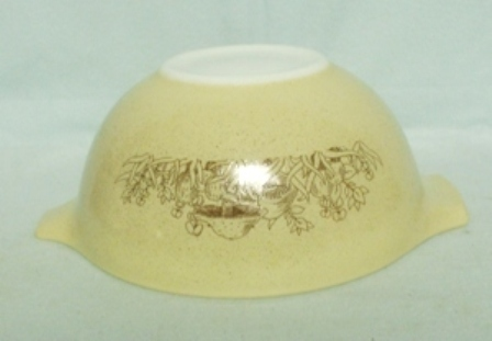 """Pyrex Forest Fancies Cinderella 9"""" Mixing Bowl - Product Image"""
