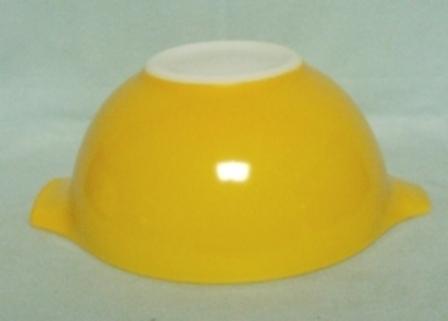 "Pyrex Town & Country Orange Cinderella 9"" Mixing Bowl - Product Image"