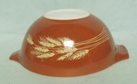 "Pyrex Wheat Cinderella 7 1/2"" Mixing Bowl - Product Image"