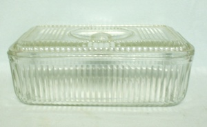 Vintage Clear Ribbed w Knob Hdl. Large Refrigerator Dish w Lid - Product Image
