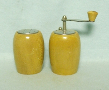 Wooden Made in Italy Salt & Pepper Grinder - Product Image