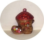 Shoe House w Red Roof Cookie Jar (Snyder?) - Product Image