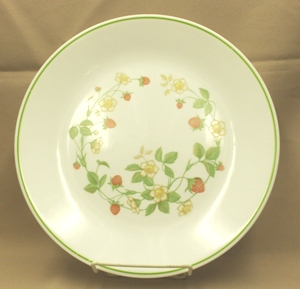 "Corelle Strawberry Sunday 10 1/4"" Dinner Plate - Product Image"