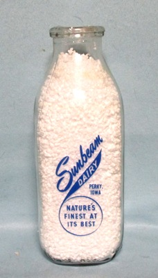 Sunbeam Dairy Perry Iowa 1 Quart Square Milk Bottle - Product Image