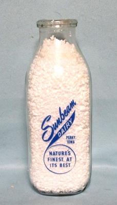 Sunbeam Dairy Perry Iowa 1 Quart Square Milk Bottle - Product Image