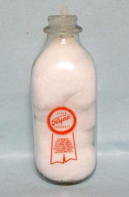 Flynn Milk Gold Ribbon 1 Quart Square Milk Bottle - Product Image