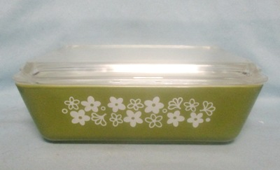Pyrex Spring Blossom Pattern Large Refigerator Dish - Product Image