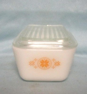 Pyrex Town & Country Pattern Small Referigator Dish w Yellow - Product Image
