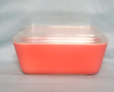 Pyrex Primary Color Pink Med Refigerator Dish. - Product Image