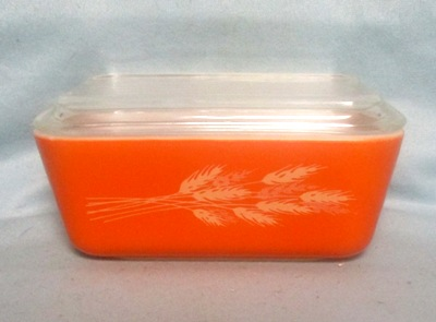 Pyrex Harvest Wheat Med Refigerator Dish. - Product Image
