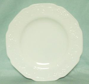 "Indiana Glass Milkglass Harvest Grape Pattern 10"" Lunch Plate - Product Image"