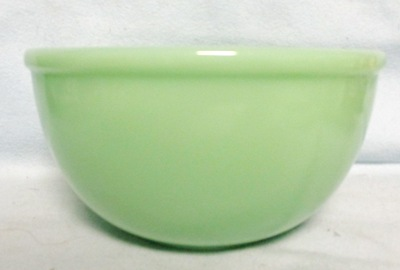 "Fireking Jadite 7 1/8"" Bead Edge Mixing Bowl - Product Image"