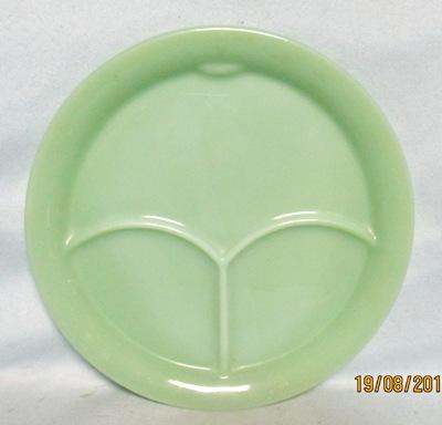 "Fireking Jadite Restaurant Ware 9"" G306 Dinner Plate - Product Image"