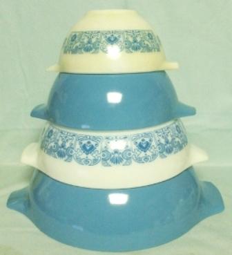 Pyrex Blue Horizon Cinderella 4 Pc. Mixing Bowl Set - Product Image