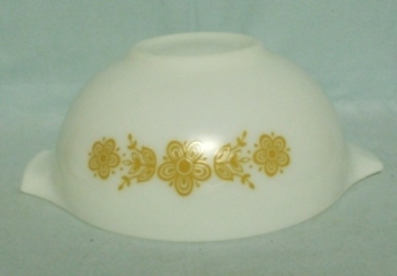 "Pyrex Butterfly Gold White Cinderella 9"" Mixing Bowl - Product Image"