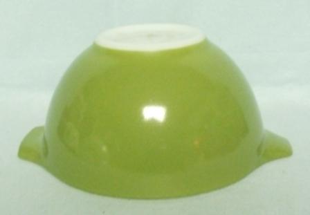"""Pyrex Dutch Clover Cinderella 6"""" Mixing Bowl - Product Image"""