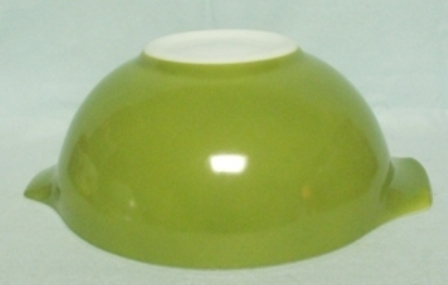 "Pyrex Dutch Clover Cinderella 9"" Mixing Bowl - Product Image"