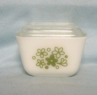 Pyrex Early American Pattern 8 Pc Ref Dish Set - Product Image