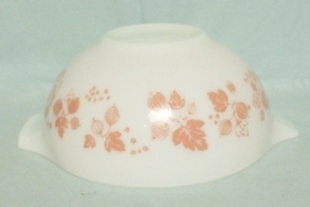 "Pyrex Pink Gooseberry Cinderella 9"" White Mixing Bowl - Product Image"
