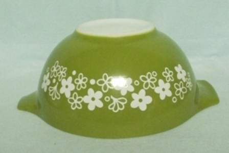 "Pyrex Spring Blossom Cinderella 7 1/2"" Green Mixing Bowl - Product Image"