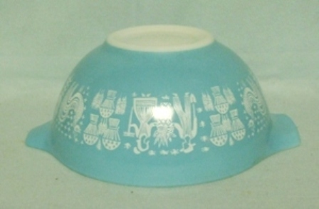 "Pyrex Turquoise Amish Cinderella 7 1/2"" Turquoise Mixing Bowl - Product Image"