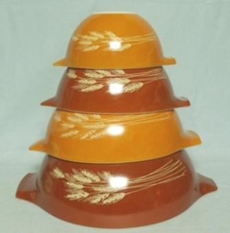 Pyrex Wheat Cinderella 4 Pc. Mixing Bowl Set - Product Image