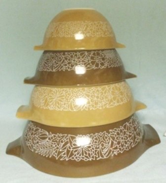 Pyrex Woodland Brown Cinderella 4 Piece Mixing Bowl Set - Product Image