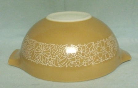 "Pyrex Woodland Light Brown Cinderella 9"" Mixing Bowl - Product Image"