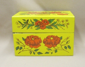 Vintage Metal w Red Flowers Kitchen Recipes Box - Product Image